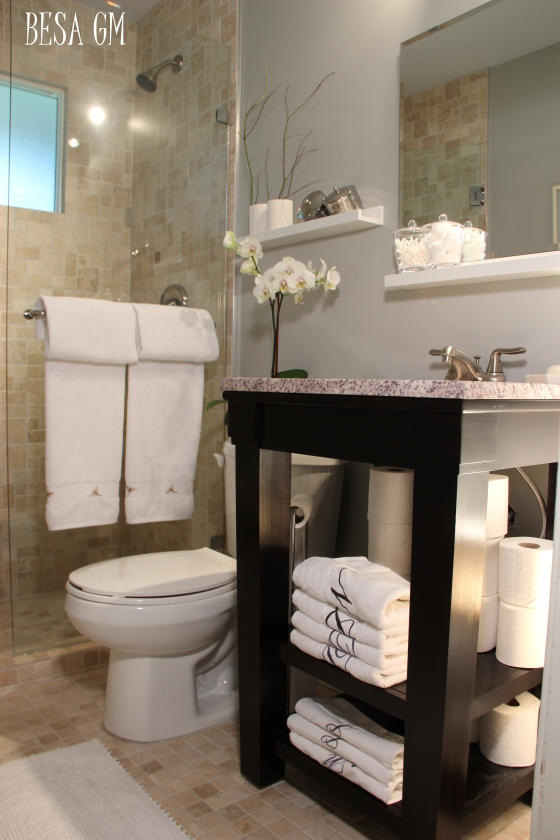 http://besimemuja.wordpress.com/2013/11/22/small-bathroom-remodel-idea/