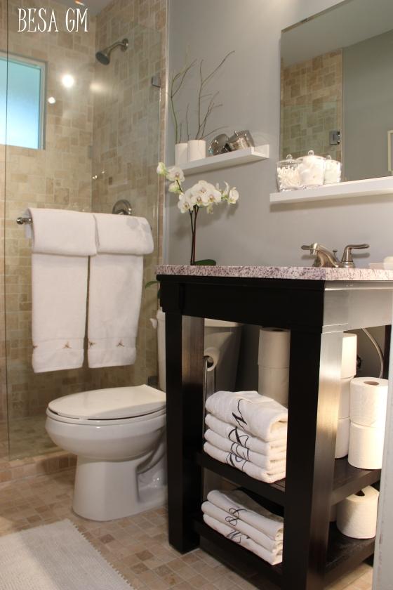 http://besimemuja.wordpress.com/2013/11/22/small-bathroom-remodel-idea/