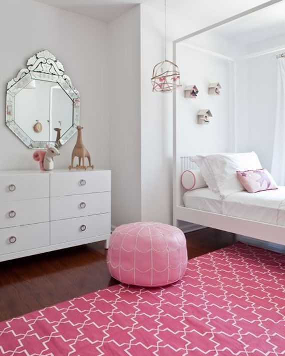 kid 7 - pink accesories