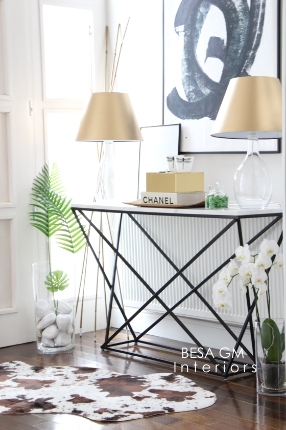 Marble Console Table For Your Entryway And How To Style It